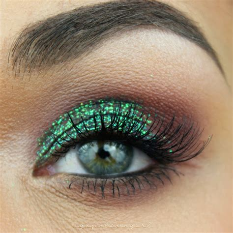 Mba Glitter Makeup by Agape Designs Get The Look Peacock Glitter