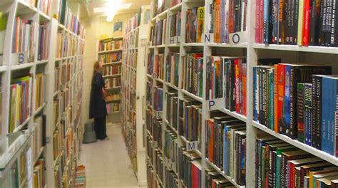 Ibs Libreria Roma by Librerie Ibs E Libraccio Fusione Padovana Venetoeconomia