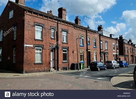 buy house in leeds buying a house in leeds 28 images rows of back to back terrace housing leeds west