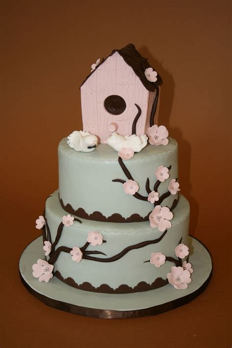house cakes design newly married and new house cake