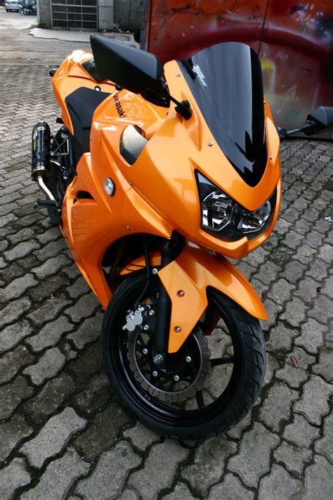 Lu Satria wira s orange