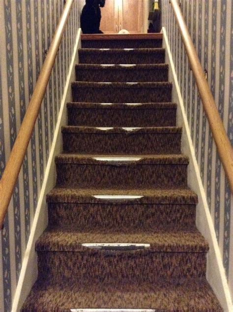 Hometalk   Removing Indoor/outdoor Carpet From Stairs