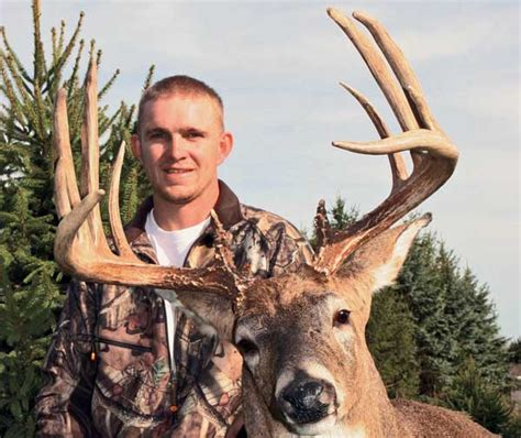 Michigan Records Robert Sopsich Buck 182 Inch Michigan State Record Bowhunter