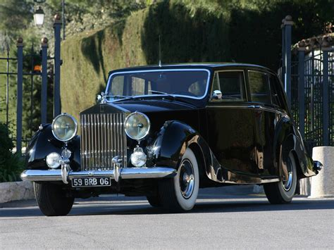 roll royce limousine 1959 rolls royce silver wraith henri chapron notoriousluxury