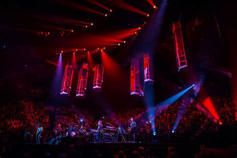 bon jovi concert videos because we can tour bon jovi moment factory
