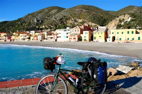 in costa azzurra dalla riviera dei fiori alla costa azzurra in bicicletta