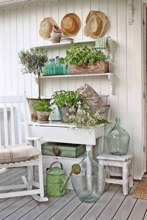 Garden Chic by Cheap Garden Decoration In 28 Objects Of Style Shabby Chic Or Rustic Style Desired Home