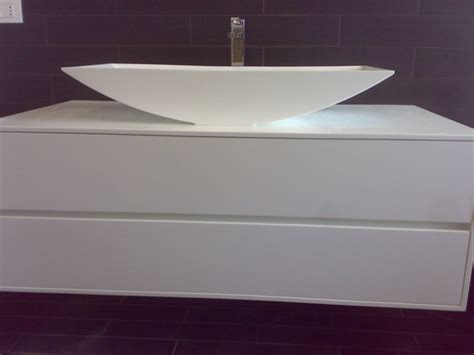bagni in corian giorgio niccolini falegnameria e mobilificio