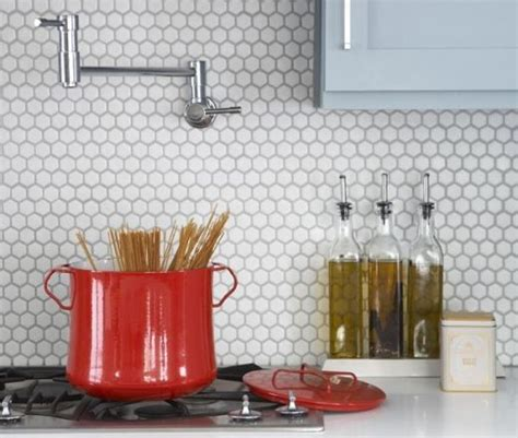 hexagon tile kitchen backsplash white hexagon tile backsplash lakehouse stove hexagons and backsplash for kitchen