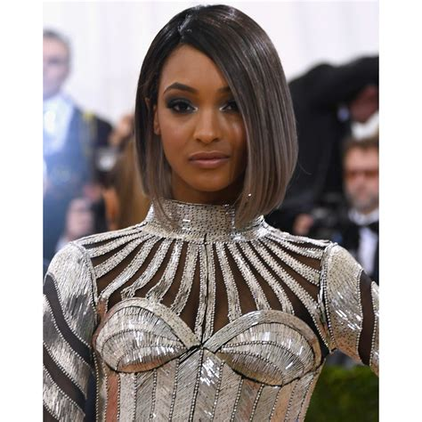 see models with sheik gray colo hair styles the gray hair trend 32 instagram worthy gray ombr 233