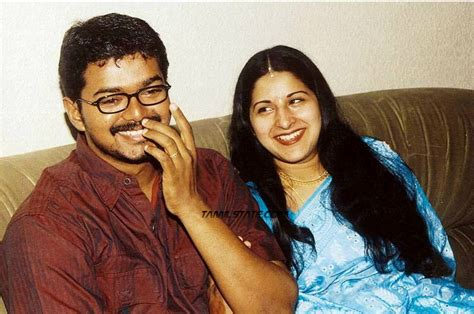 tamil actor vijay and family photos blog pkp in actor vijay with wife sangeetha