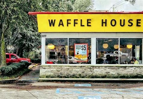 waffle house locations waffle house offering romantic dinners for valentine s day at select locations