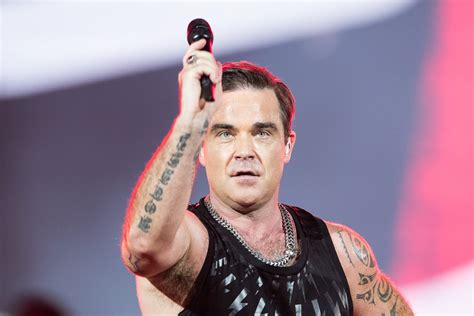 robbie williams supreme robbie williams