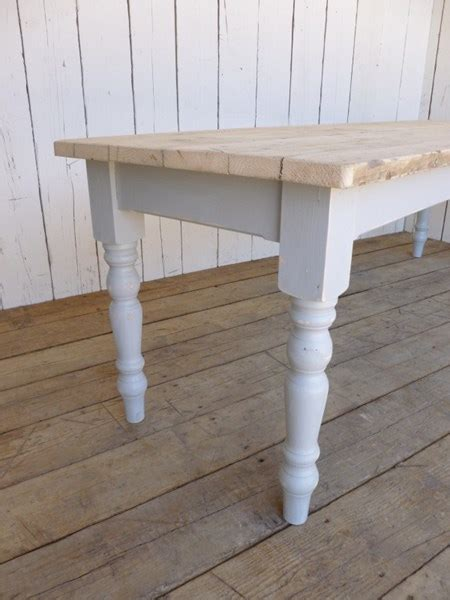 reclaimed pine kitchen table reclaimed pine farmhouse kitchen tables