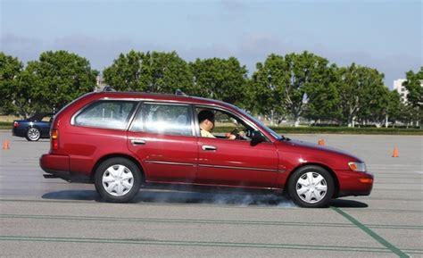 Bremsweg Auto by How To Drive Smoothly Web2carz