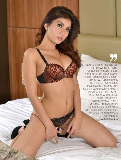 Majalah Gress N Max Magazine Full Koleksi Foto Seksi