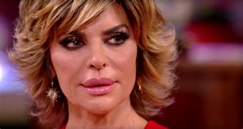 kim richards vs lisa rinna crazy rhobh reunion leaves kyle weeping lisa rinna walks out of rhobh reunion after kim