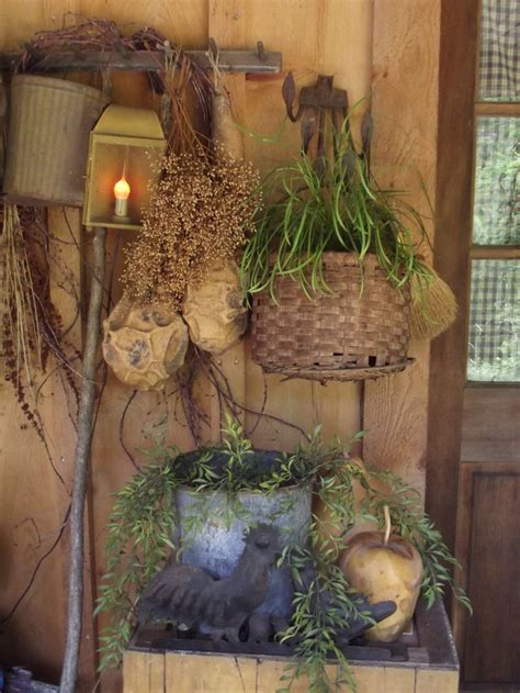 Primitive Garden Decor Best 25 Primitive Outdoor Decorating Ideas On Pinterest Welcome Signs Barn Board Signs And