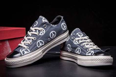 Converse Chuck 1970s Peace converse all anarchy peace sign 1970s transparent soles blue low top sneakers 7043004