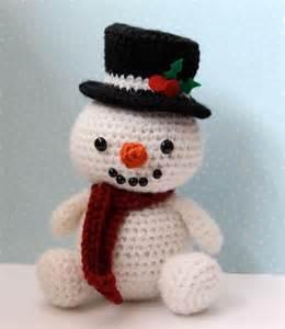 Jolly the snowman by littlemuggles crocheting pattern