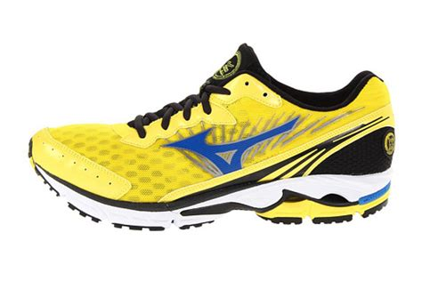 mizuno shoes wave rider 16 mizuno wave rider 16 sz 9 5 mens running shoes yellow blue