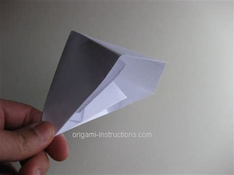 How To Make A Snapper Out Of Paper - origami popper folding how to make an easy