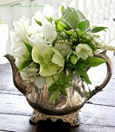 flower arrangement ideas welcome spring 17 beautiful flower arrangement ideas