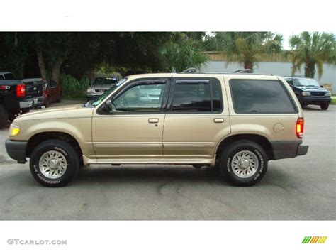 2000 ford explorer xls harvest gold metallic 2000 ford explorer xls exterior