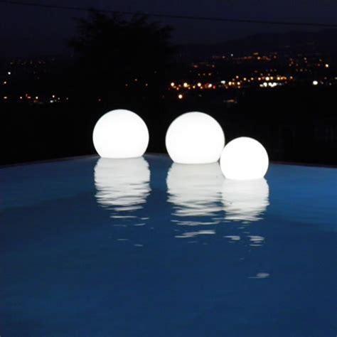le boule led outdoor osez le avec les meubles lumineux blanc perso home d 233 co