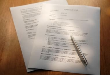 how to get a recruiter to read your resume iq partners