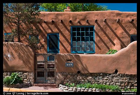 santa fe pueblo style house new mexico style pinterest picture photo house in revival pueblo style canyon road