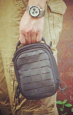 Nitecore Nup10 Tactical Utility Pouch nitecore ndp10 edc tactical pouch with molle system and patch area plus lumentac battery