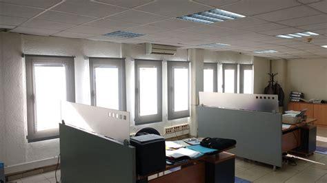 cortinas para oficina cortinas enrollable screen para oficinas de barcelona y