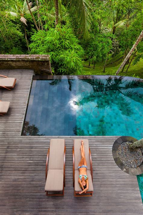 most amazing backyards 20 most amazing swimming pools ever architecture