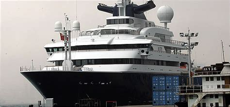 paul allen boat slideshow measuring wealth by the foot new york times
