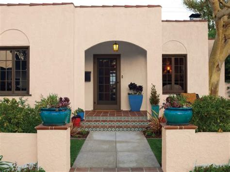 Mediterranean Floor Plans With Courtyard curb appeal tips for mediterranean style homes hgtv