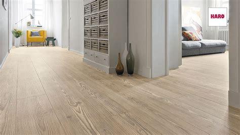 pavimenti vinilici effetto legno 25 tipi di pavimenti in pvc effetto legno mondodesign it
