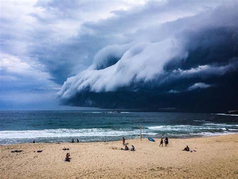imagenes impactantes tsunami la nube tsunami que dej 243 sin habla a los ba 241 istas
