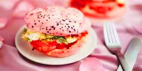 unyu kfc china luncurkan burger warna pink pastel