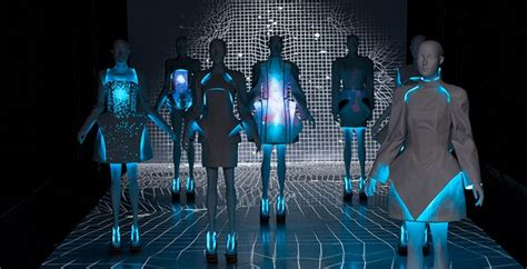News Fashion Goes High Tech by Future Tech In Fashion S Style