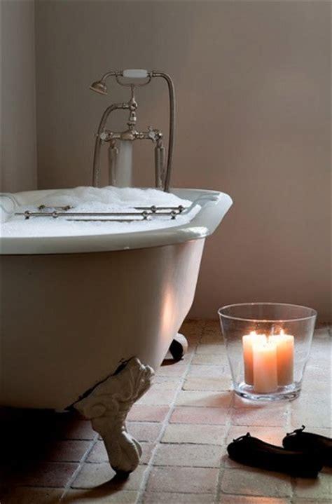 Bathtub Day by National Bath Day