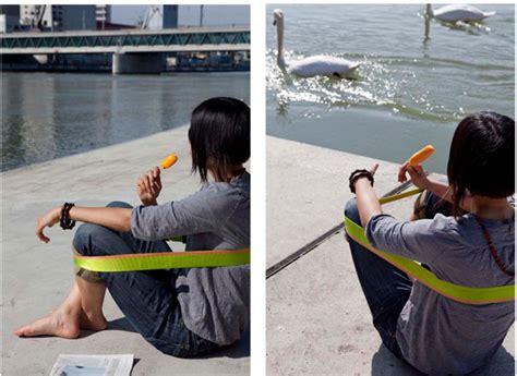 Chairless Vitra by Chairless Jetzt In Drei Gr 246 Ssen Erh 228 Ltlich