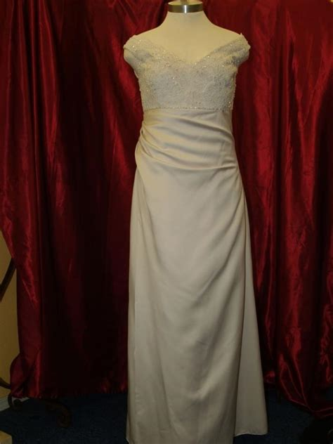 pearl color wedding dress bridal gown pearl color size 16 4007 wedding dress