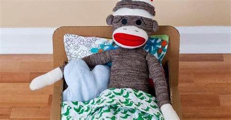 cara membuat tempat mainan anak dari kardus cara membuat kerajinan tangan dari kardus tempat tidur