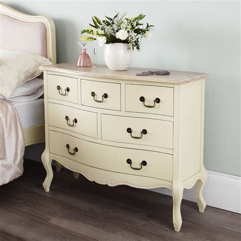 rochelle shabby chic chagne painted 120cms wide six drawer multi chest of drawers