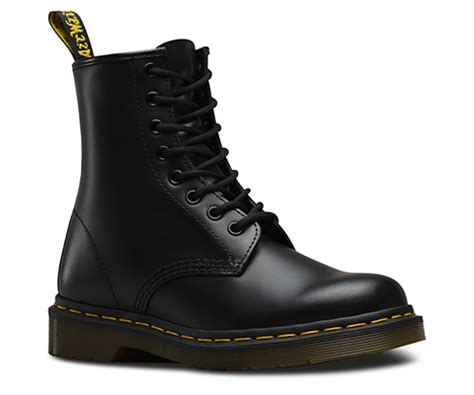1460 smooth s boots official dr martens store uk