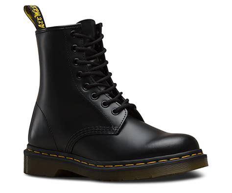 dr martens schwarz matt 1460 smooth s boots official dr martens store uk