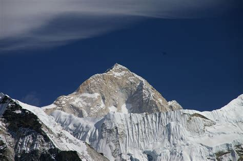 buy a mountain file makalu jpg wikimedia commons