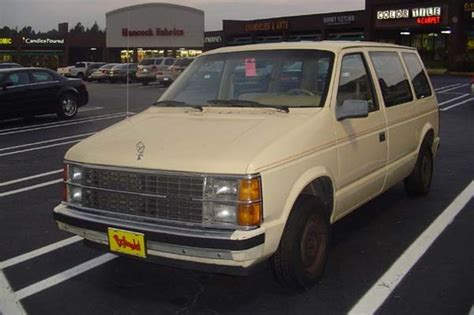 1985 Dodge Caravan | teamgoon 1985 dodge caravan cargo specs photos