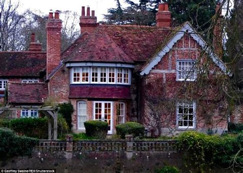 george michael s house george michael opened up his country house to oprah